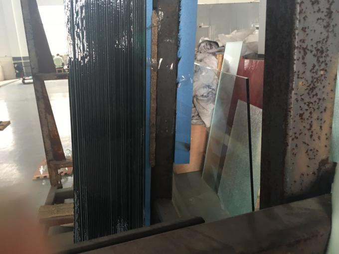 Curve / Flat Laminated Safety Glass Minimum Size 250 Mm-350 Mm Solid Structure